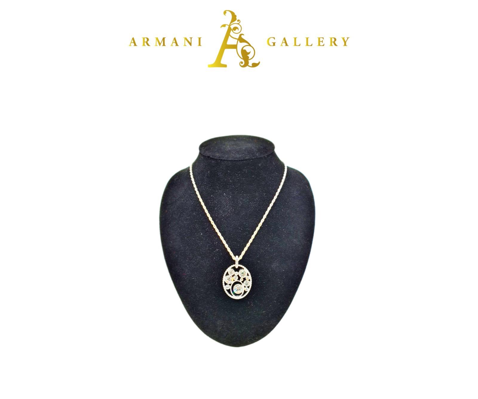Buy Oval Diamonds Necklaces